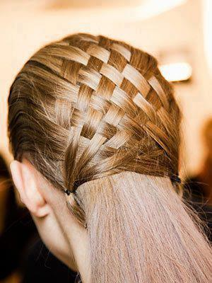 Latest-Beautiful-Hairstyle-Designs-for-Ladies-2013-7